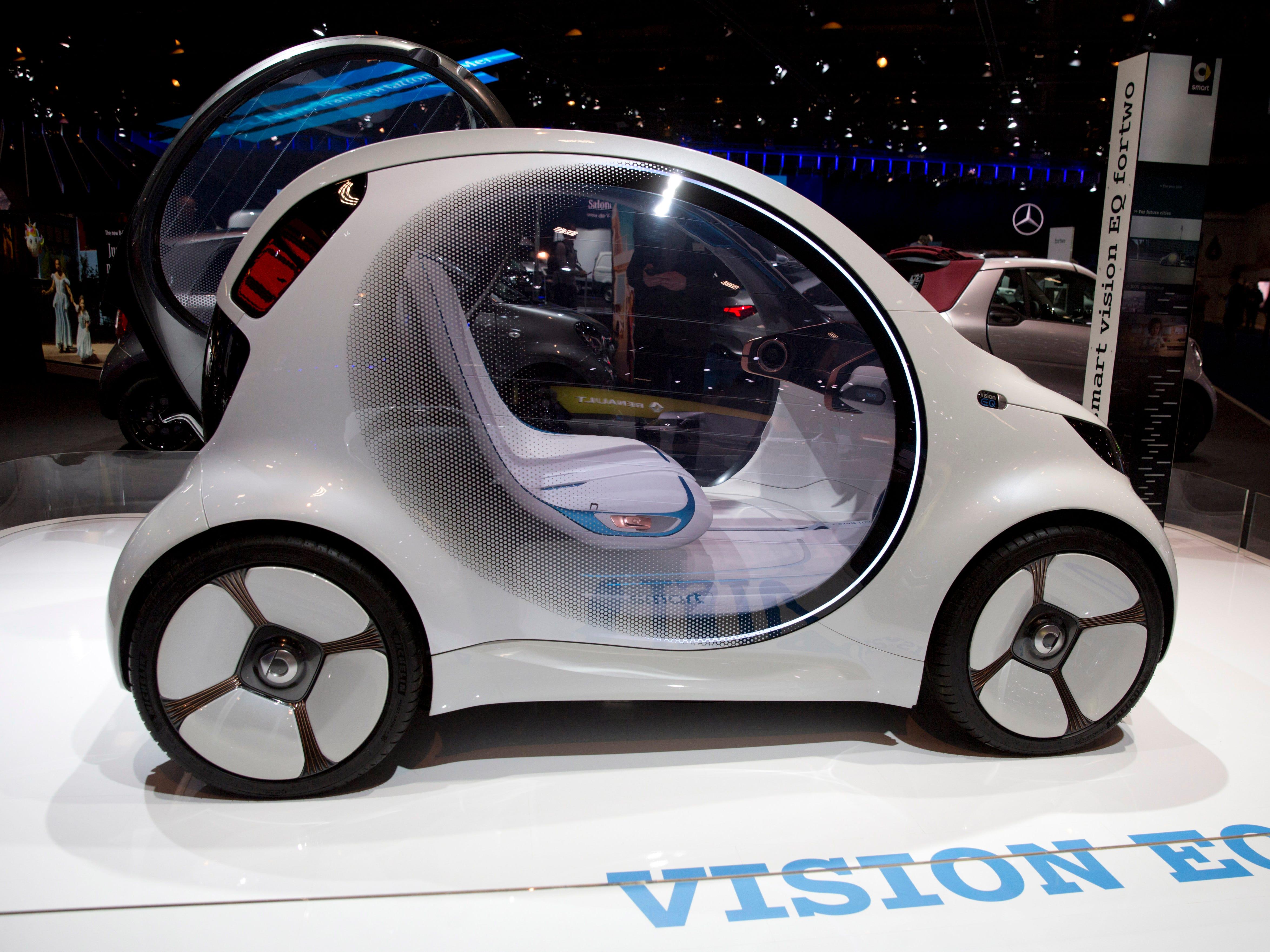 The Smart Vision EQ concept car.