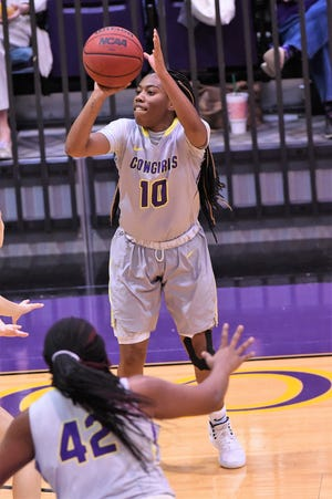 HSU's Taylor Gaffney (10) takes a 3-point shot against Sul Ross State at the Mabee Complex on Saturday, Jan. 19, 2019.