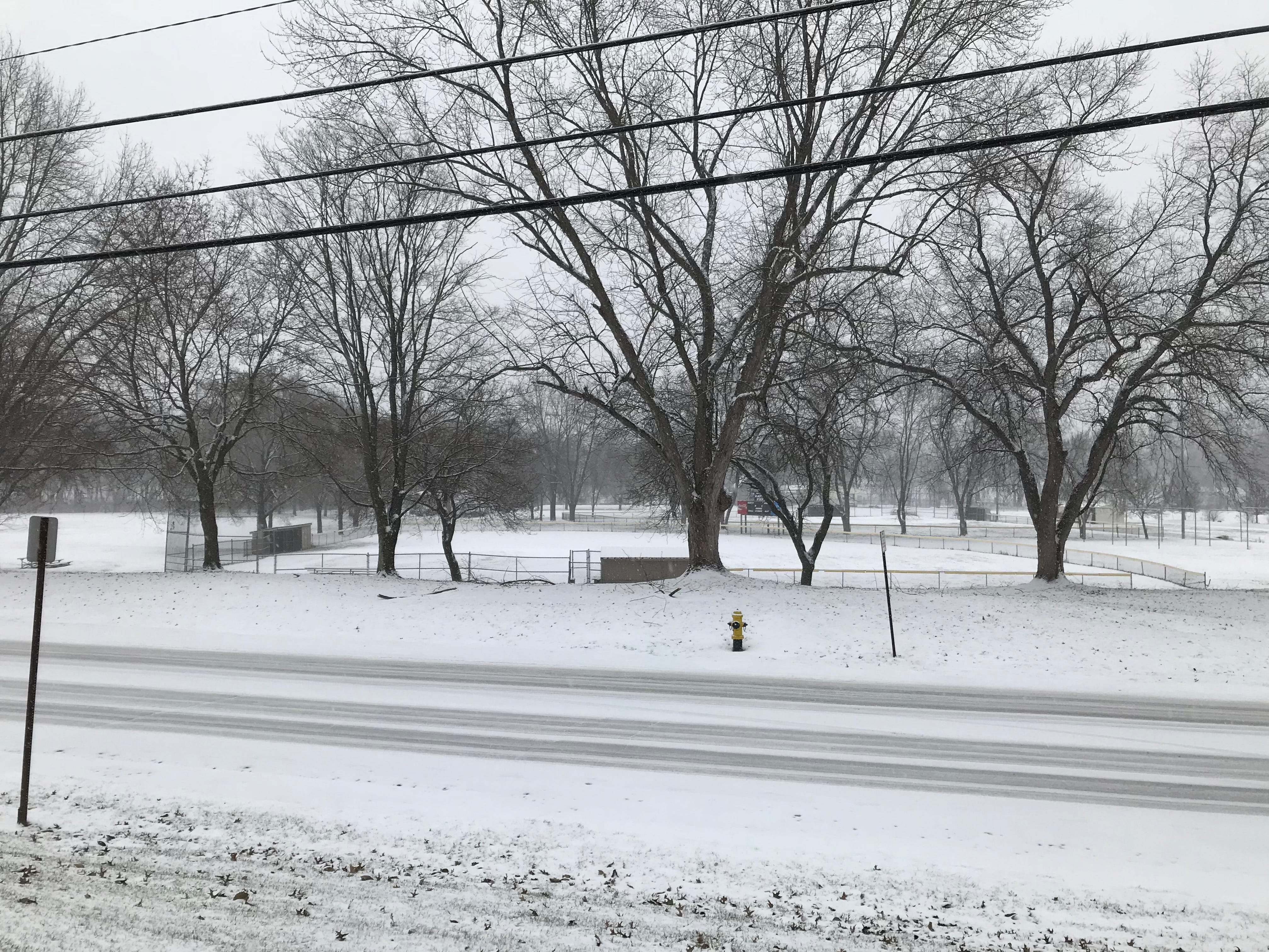 Early snowfall in Endicott Saturday afternoon as winter storm hits Southern Tier.