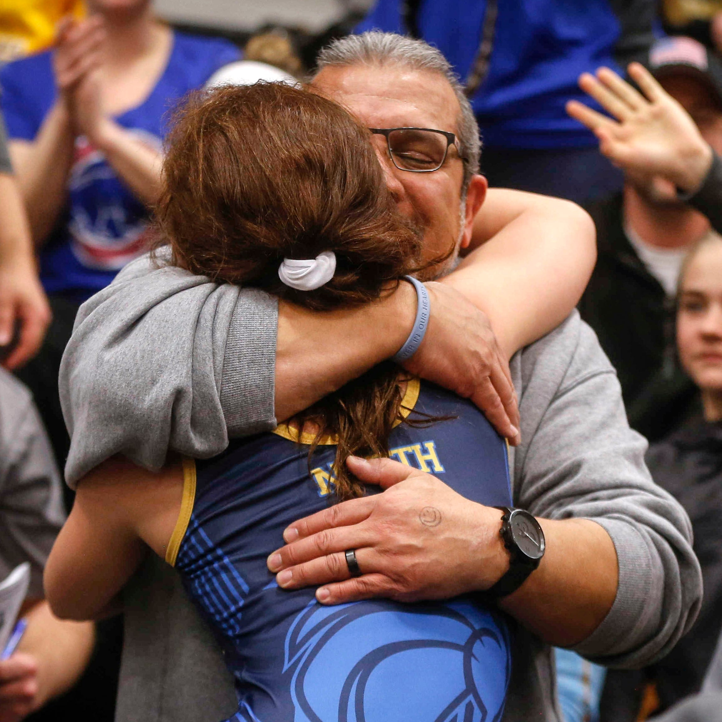 High school wrestling: Girls put on a show during their inaugural state tournament