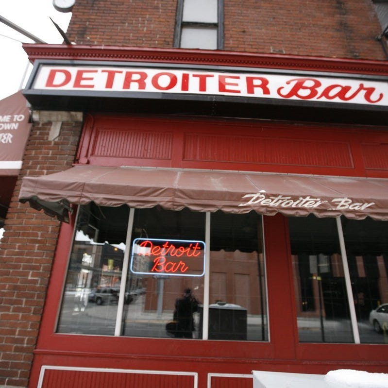 Detroiter Bar's liquor license temporarily suspended