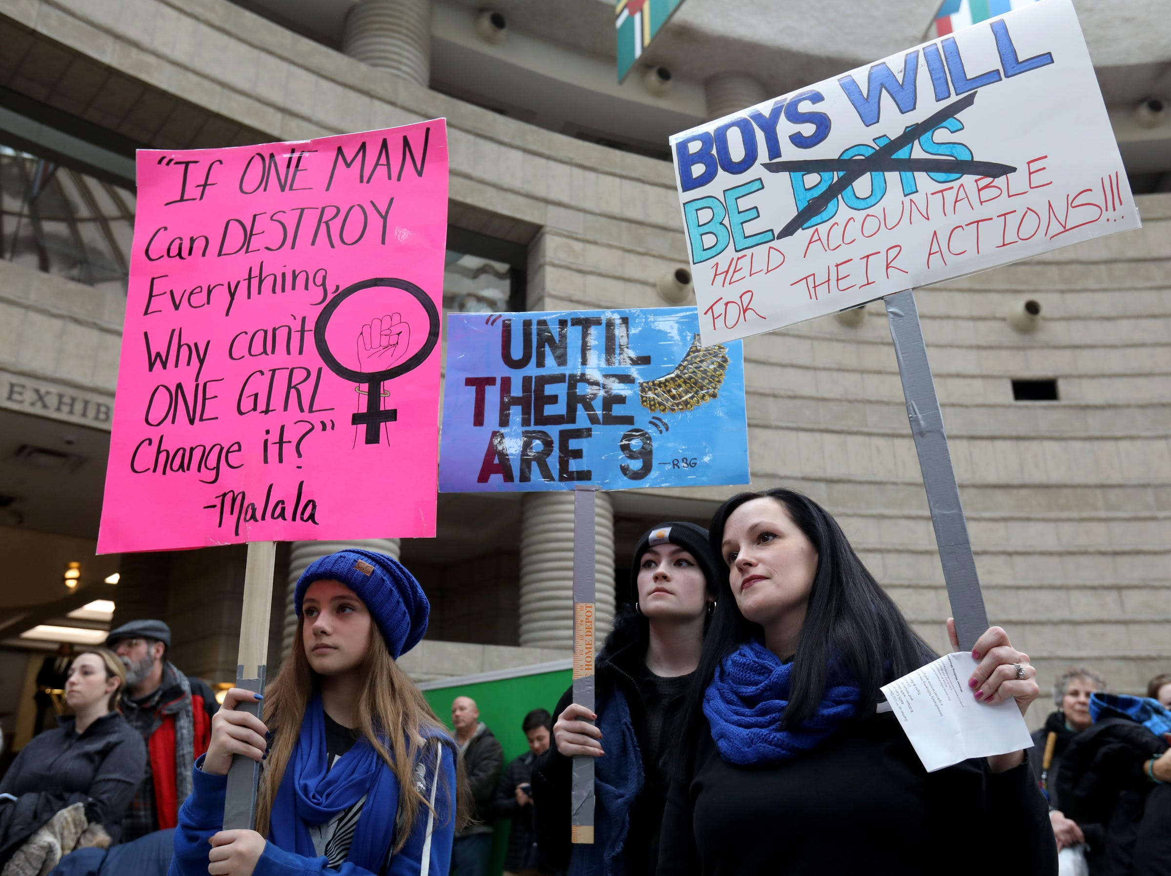 Women's March rally in Detroit advocates unity