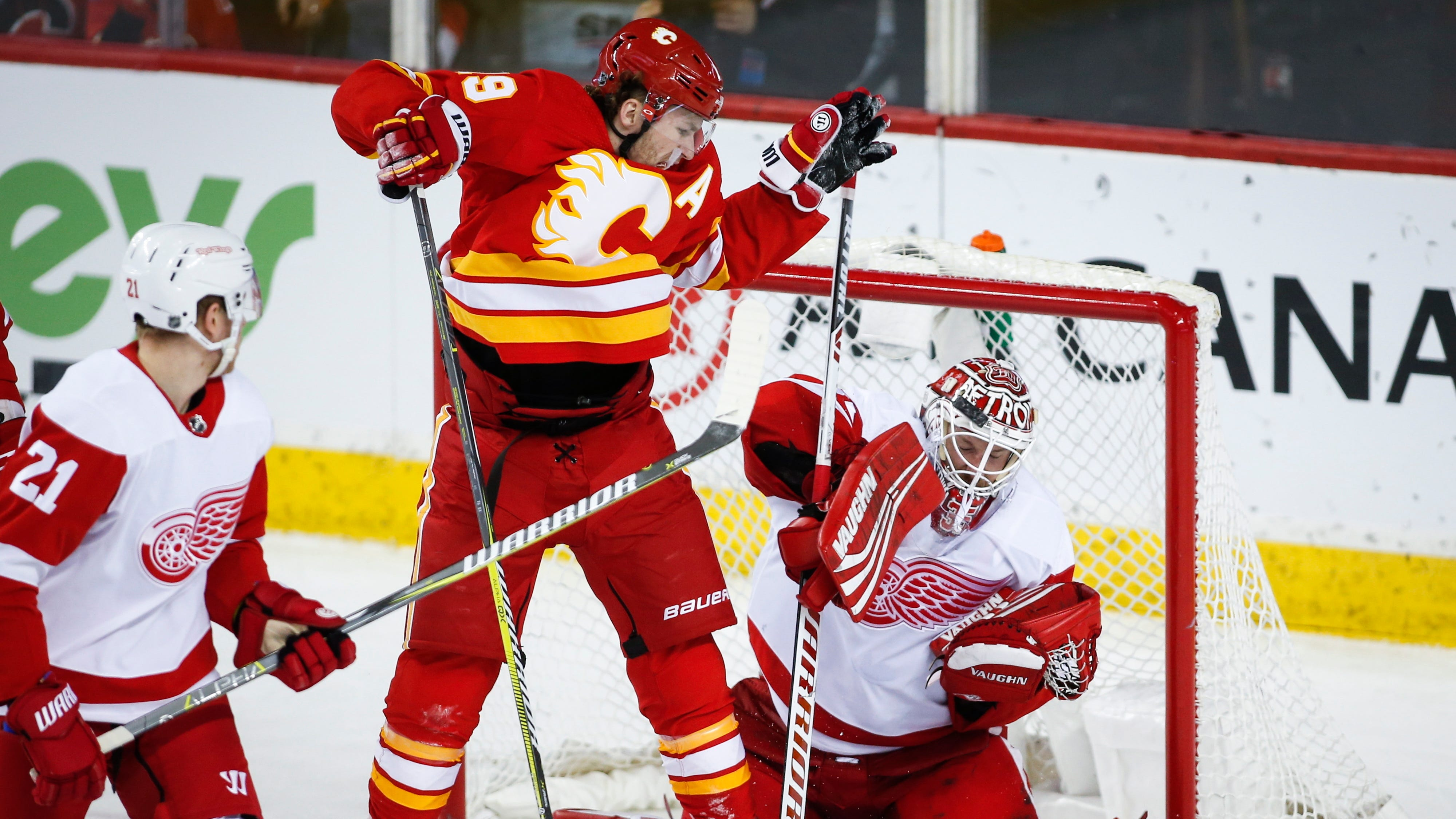 Flames overtake Red Wings in old-fashioned shootout