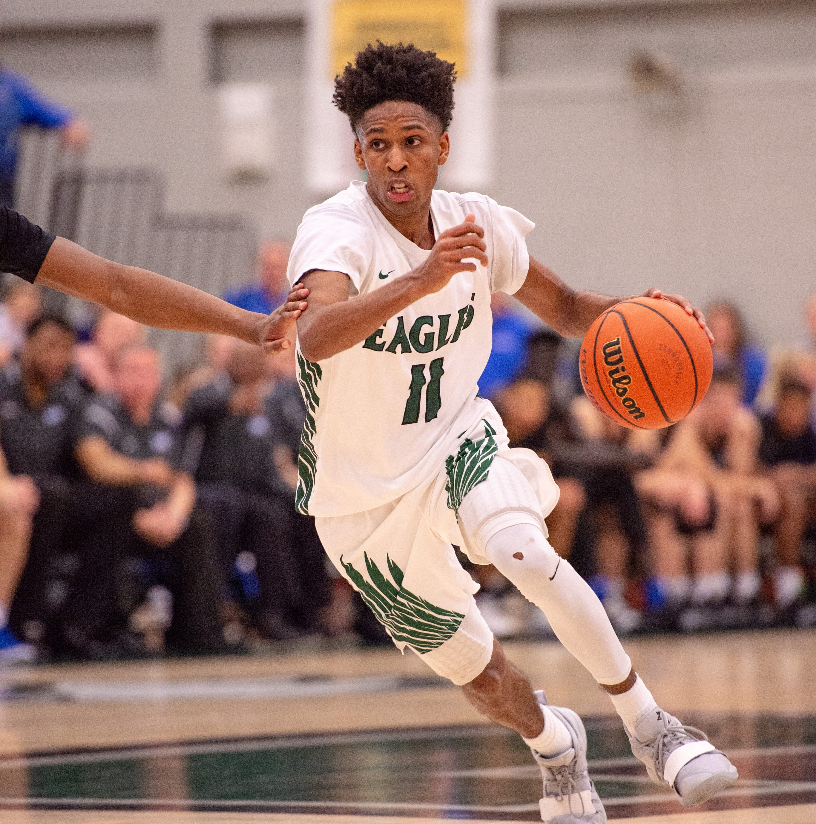 Purdue recruit Isaiah Thompson led the Eagles past the Royals on Friday.