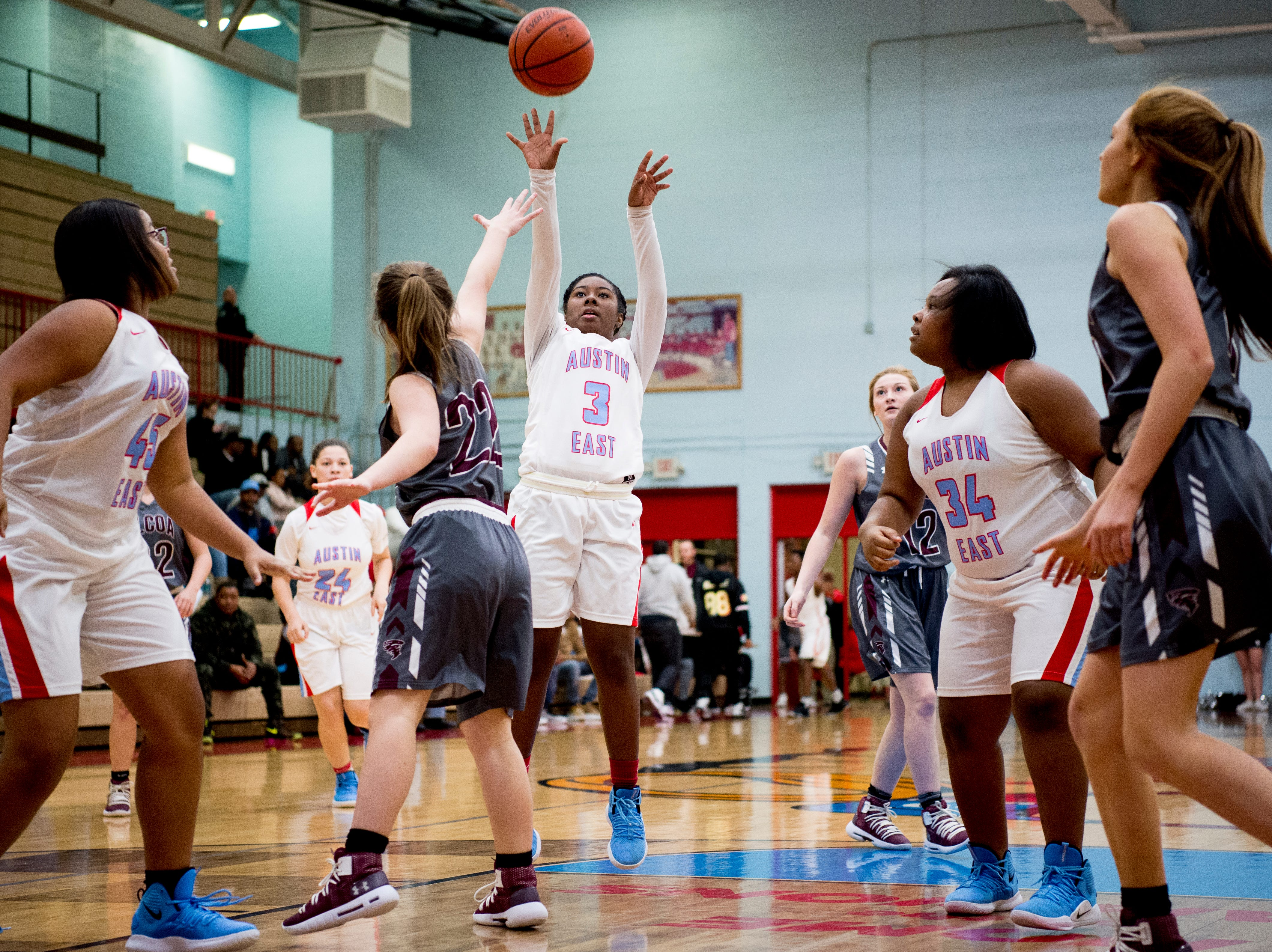 Austin-East's Saniya Andrews (3) shoots the ball during a game between Austin-East and Alcoa at Austin-East High School in Knoxville, Tennessee on Friday, January 18, 2019.