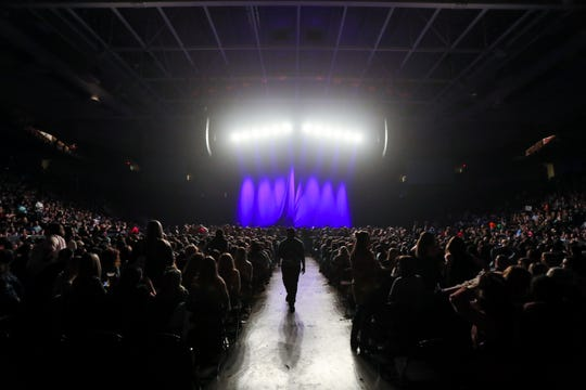 Fans wait for Kane Brown to perform at the Landers Center in Southaven, Miss., Friday, Jan. 18, 2019.