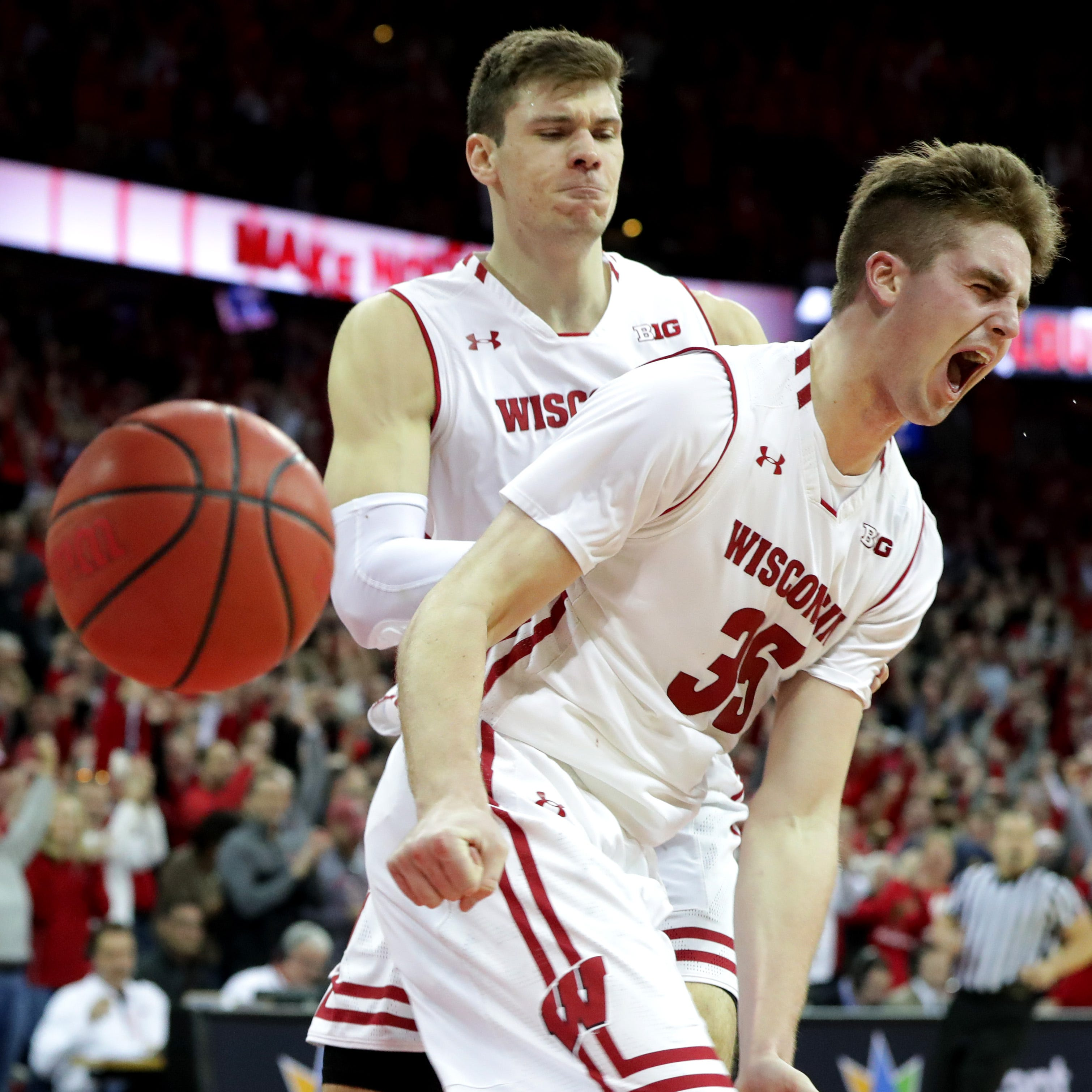 Wisconsin 64, Michigan 54: Badgers dominate down the stretch to hand Wolverines first loss