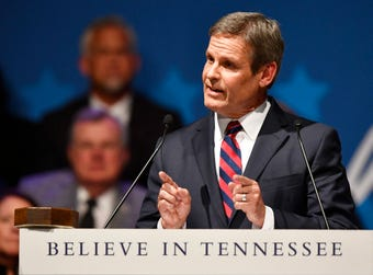 Governor Bill Lee speaks at the inauguration
