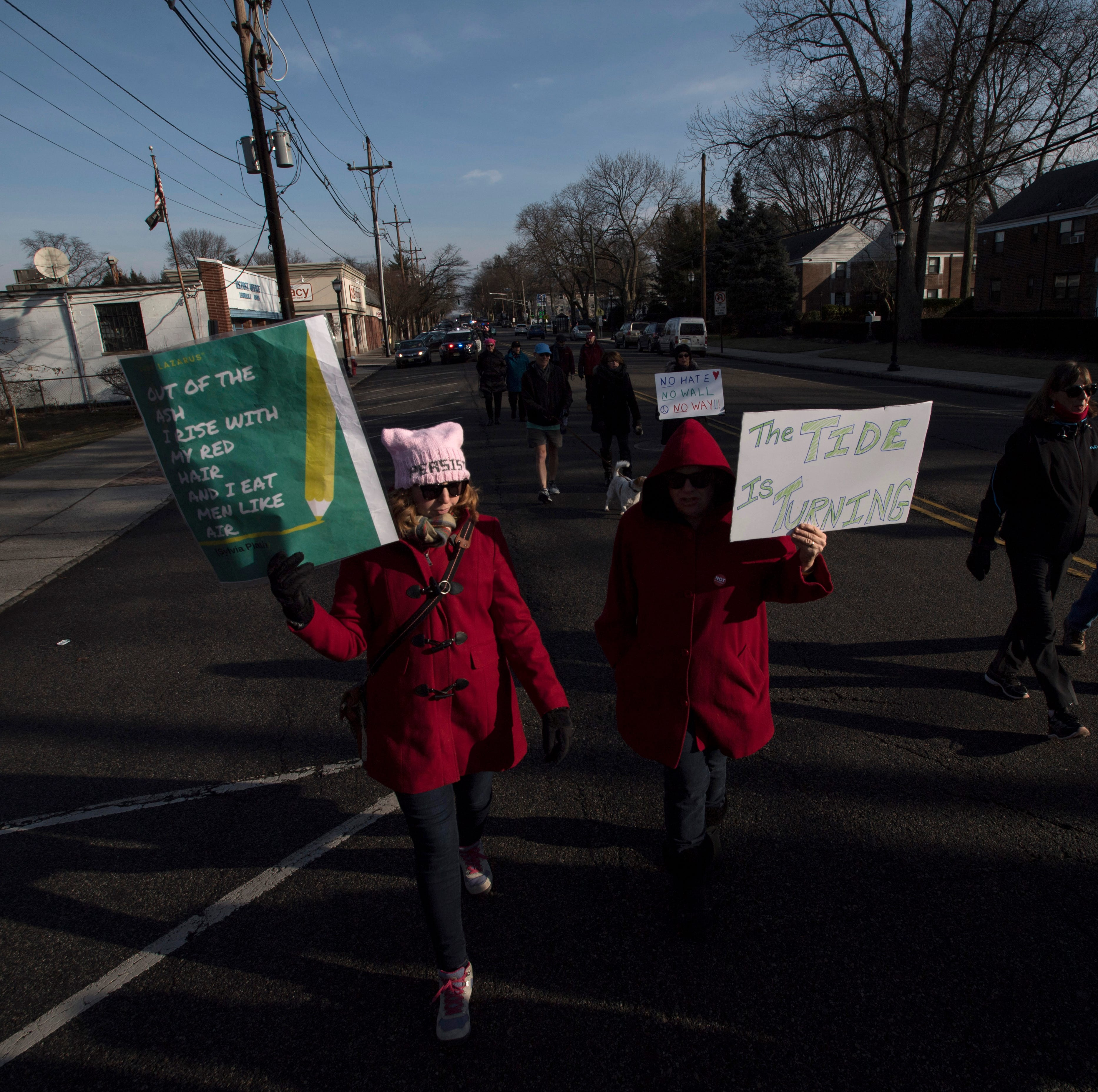 Hundreds protest in Leonia Women's March