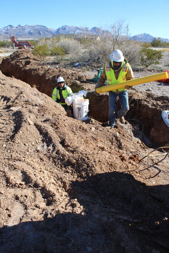 Contracted crews put in the pipes while Las Cruces Utilities gas supervisors are on-site to test the system at different points. LCU is providing access to natural gas to approximately 1,000 property parcels in the Talavera development.