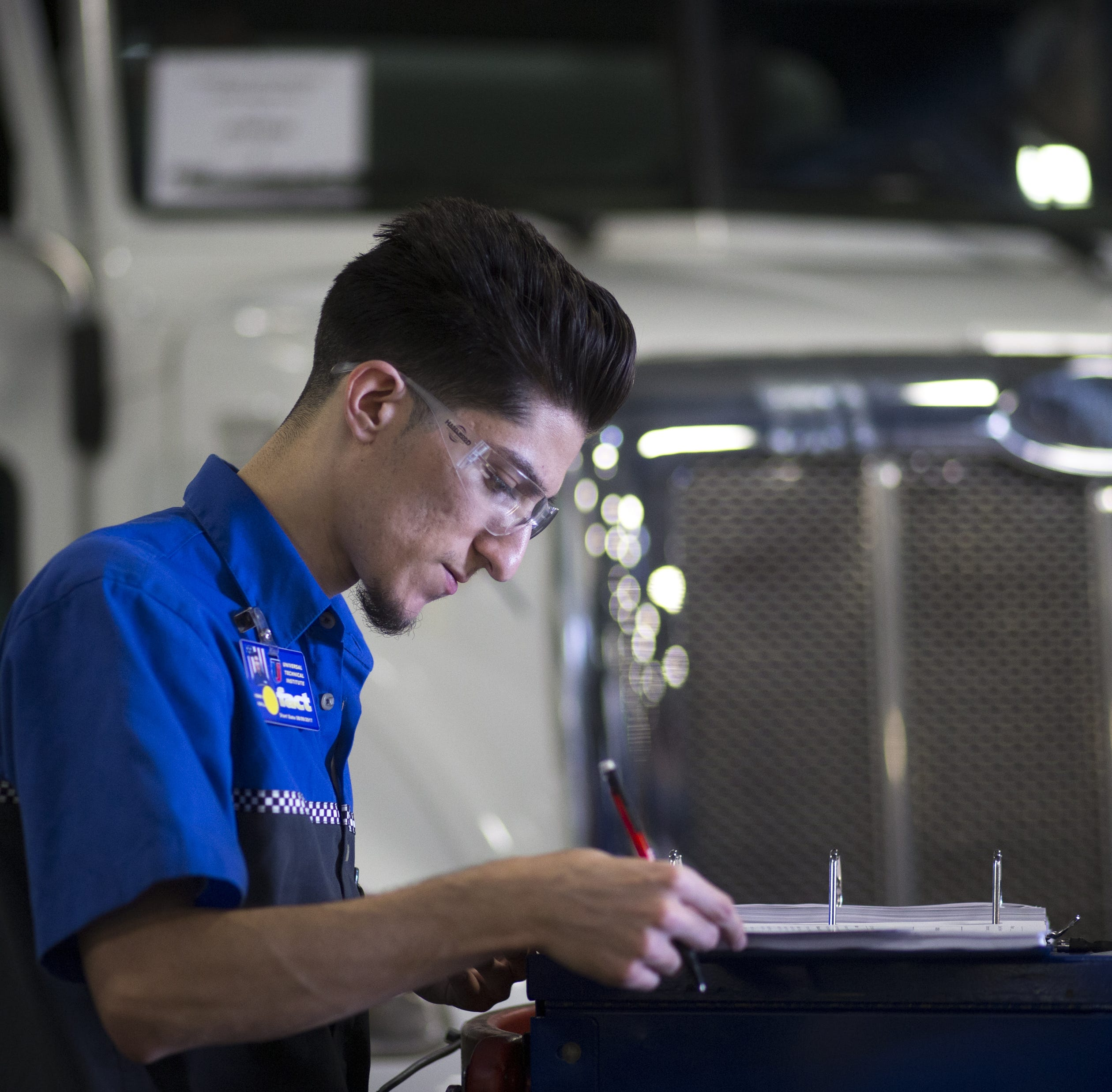 Arizona school seeks to train more mechanics amid looming worker shortage