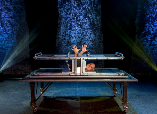 Midwest magician Bill Blagg will be bringing his magic to St. Cloudat 7:30 p.m. Jan. 26 at theParamount Center for the Arts.