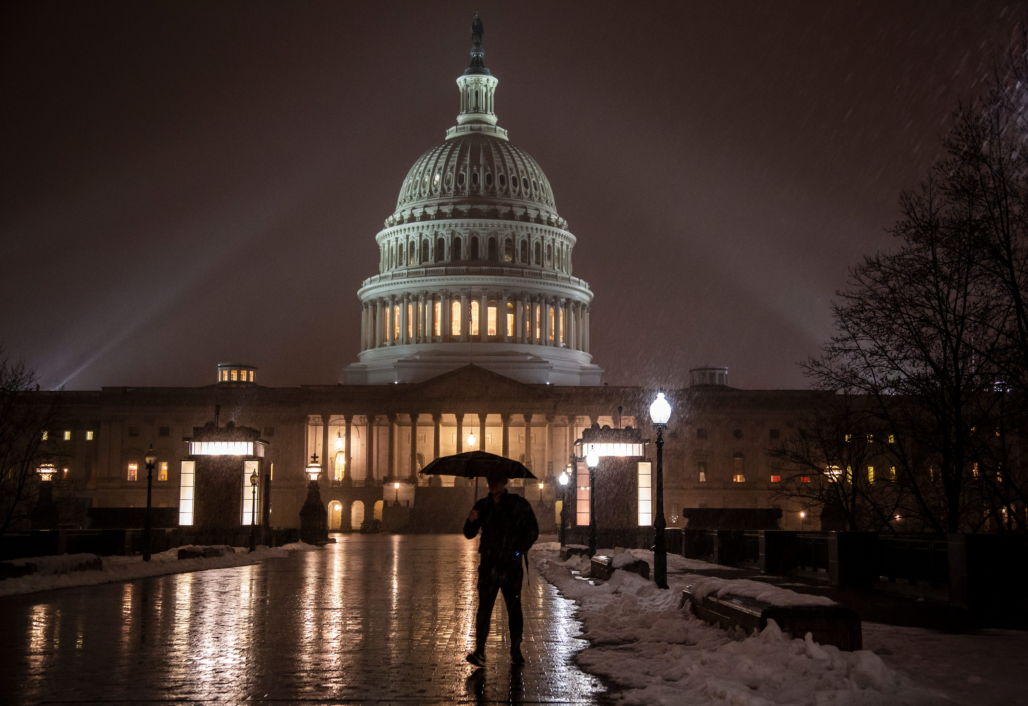Government shutdown, Day 32: Senate to vote Thursday in first sign of congressional movement
