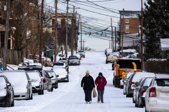 A winter weather advisory will be in effectfor 12 hours Sunday. Forecasts predict several inches of snow will coat the Greater Cincinnati region.