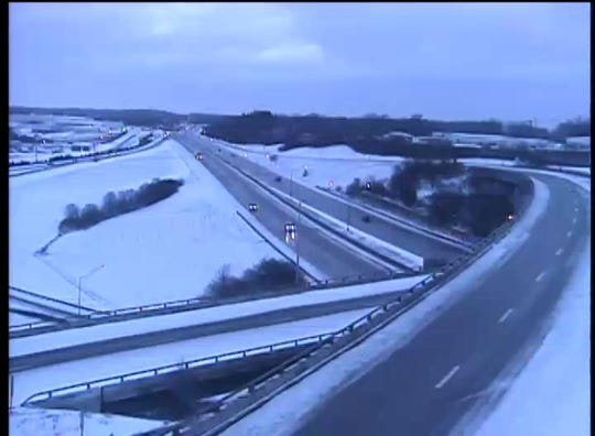 A traffic camera shows vehicles on the move at 8:02 a.m. on I-75 beneath the I-275 interchange in Erlanger