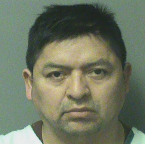 Iowa man forced girl to watch him masturbate, make sexual contact, police say