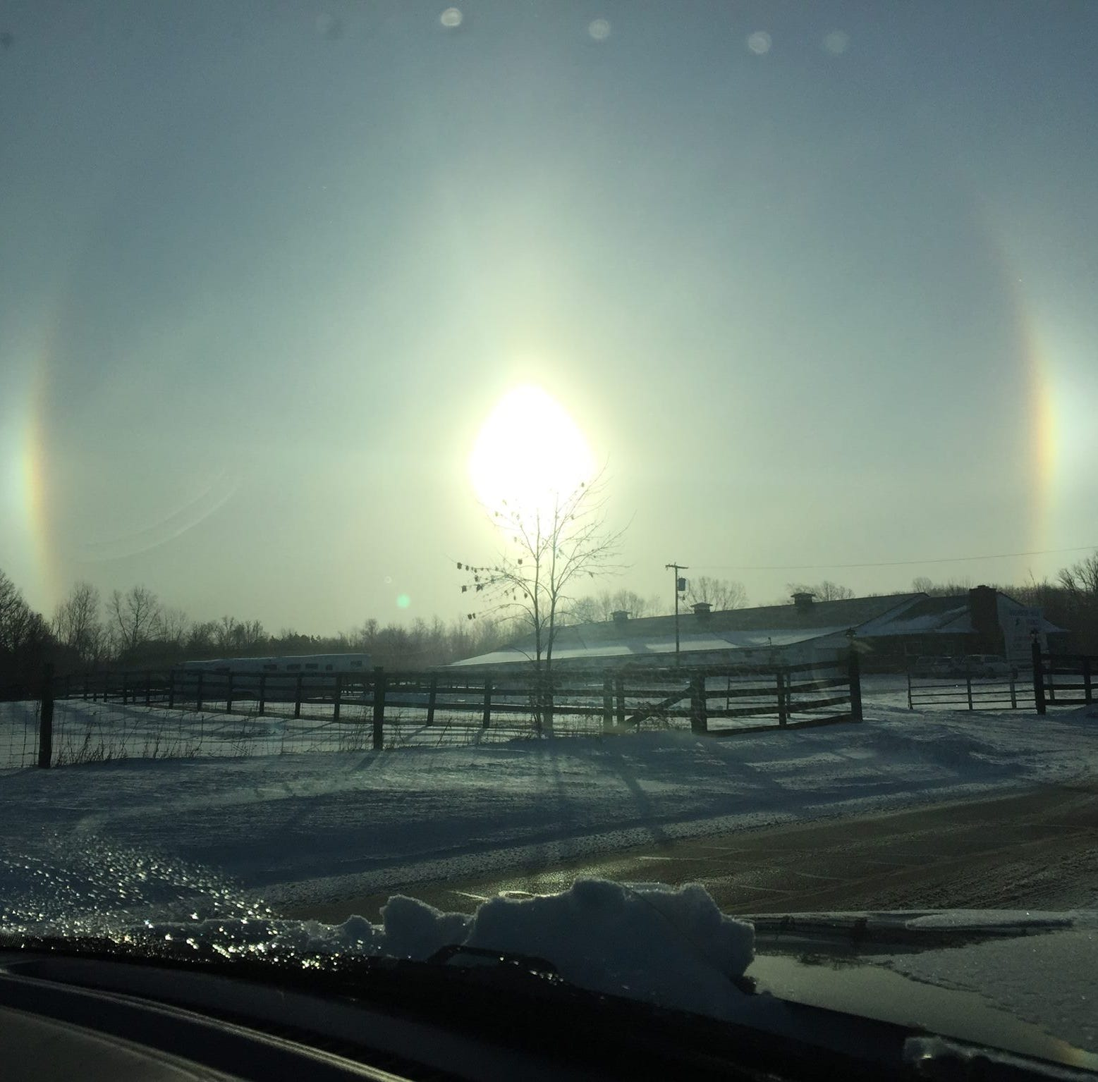 What's a sun dog? Many Michiganians wake up to beautiful phenomenon