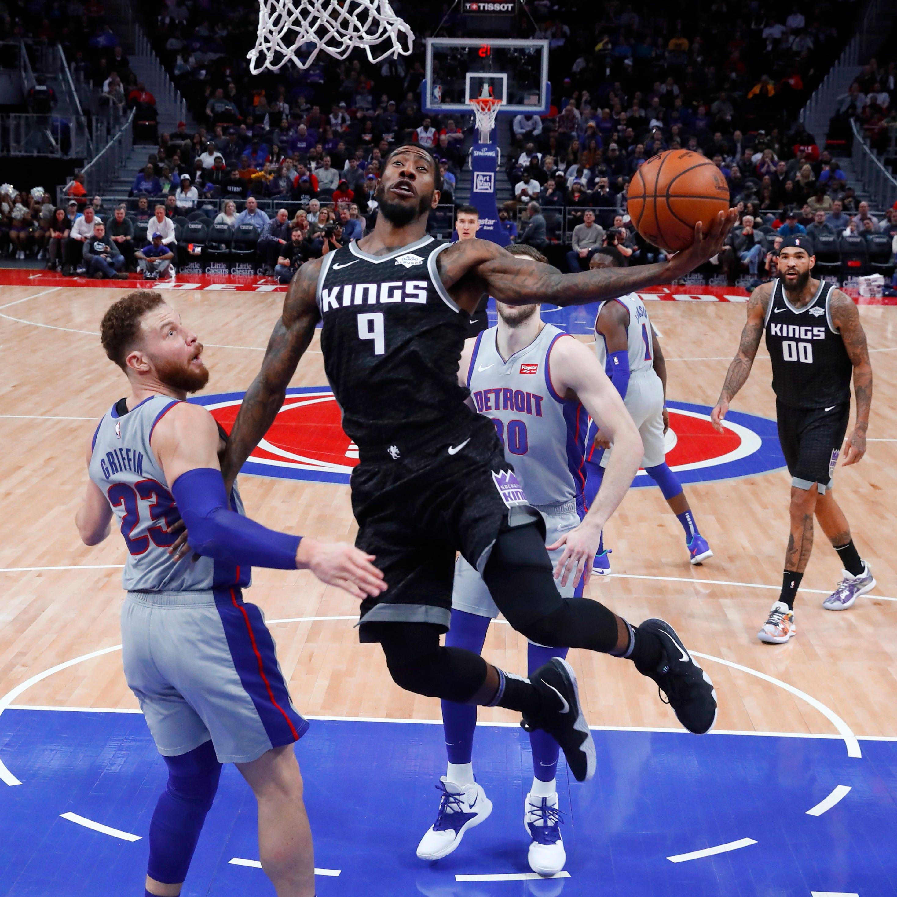 Hield's buzzer-beater ends Pistons' win streak