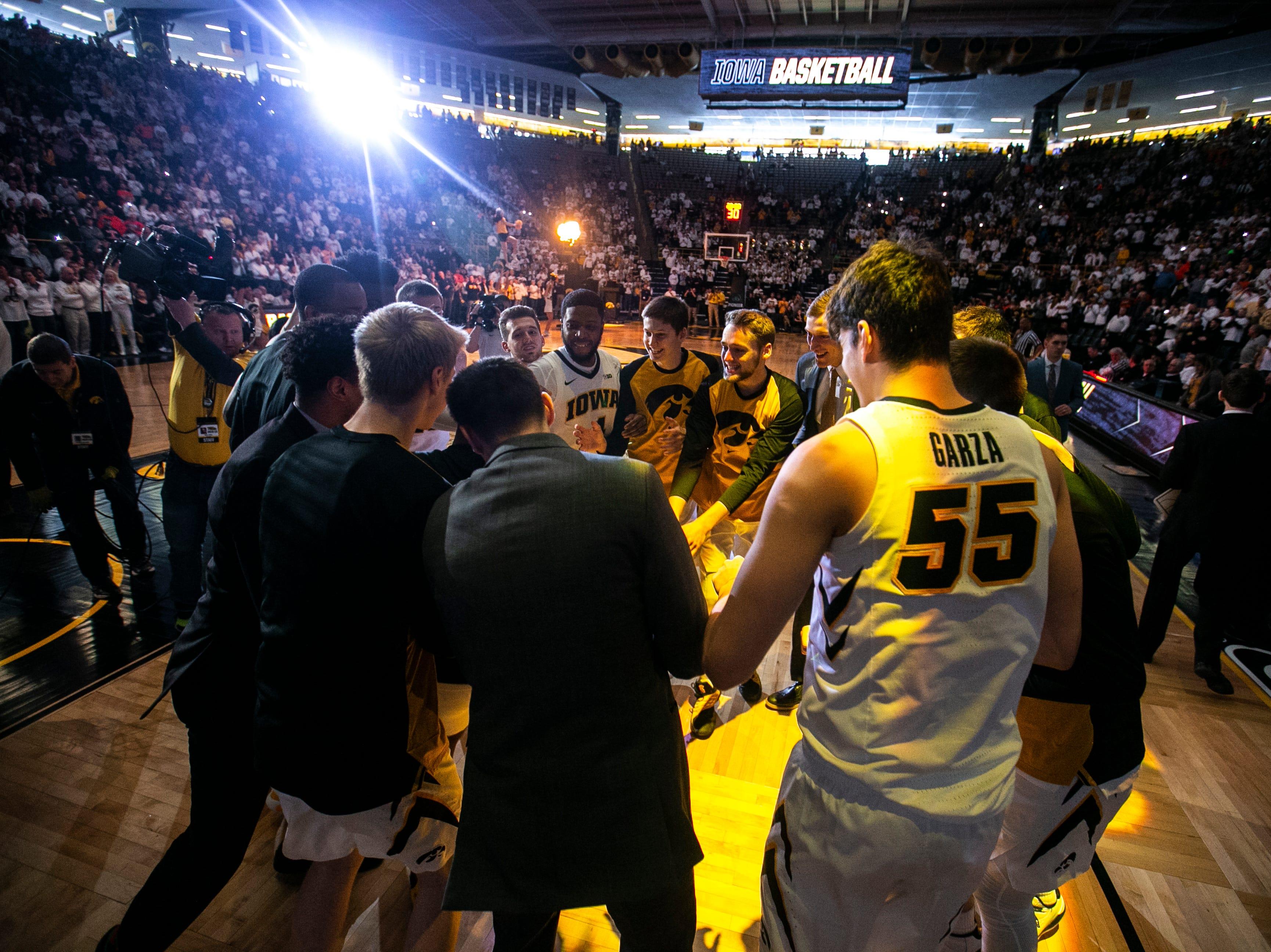 Photos: Iowa Hawkeyes men's basketball vs. Illinois Fighting Illini