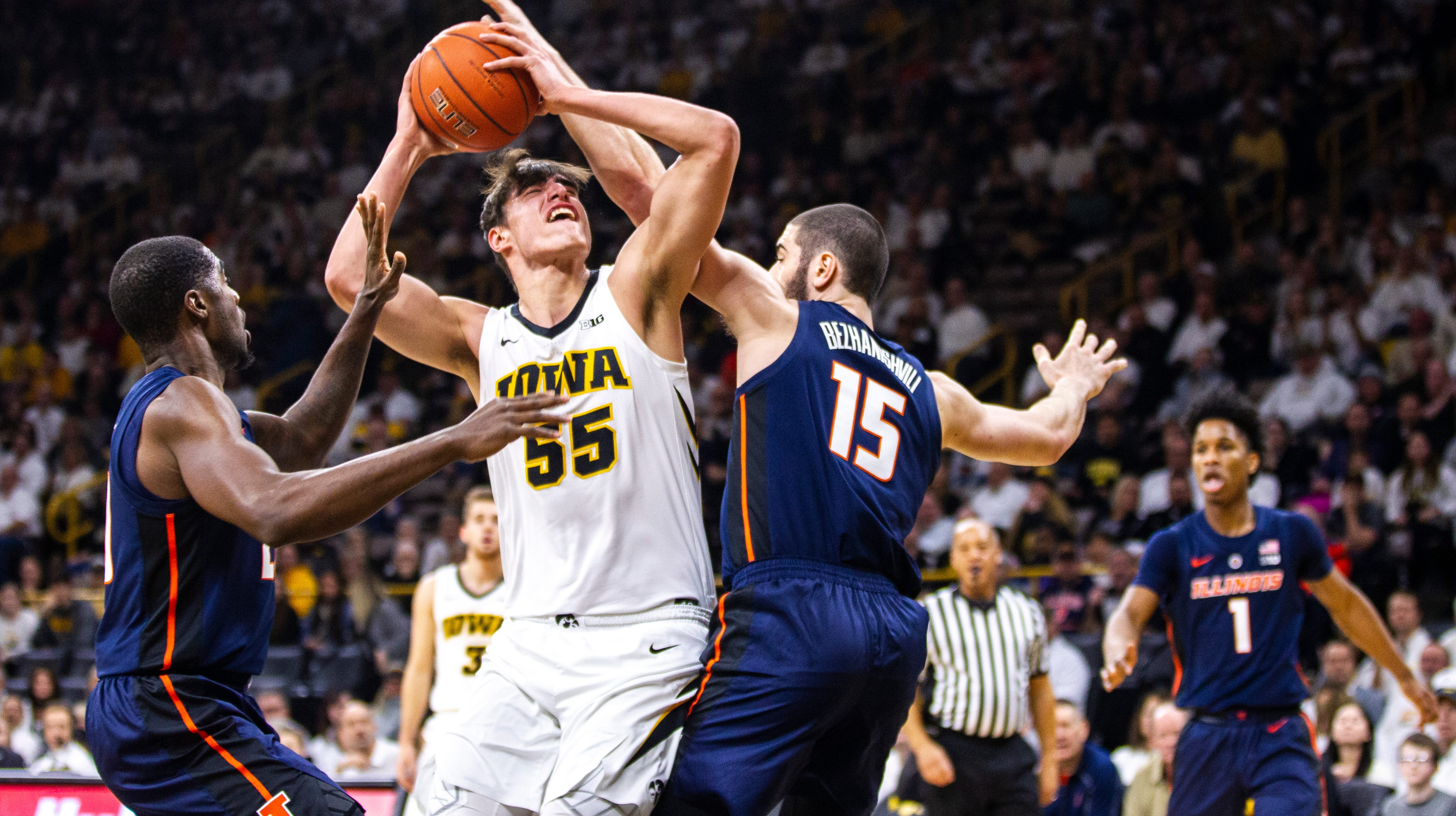 Iowa Hawkeyes men's basketball vs. Illinois Fighting Illini