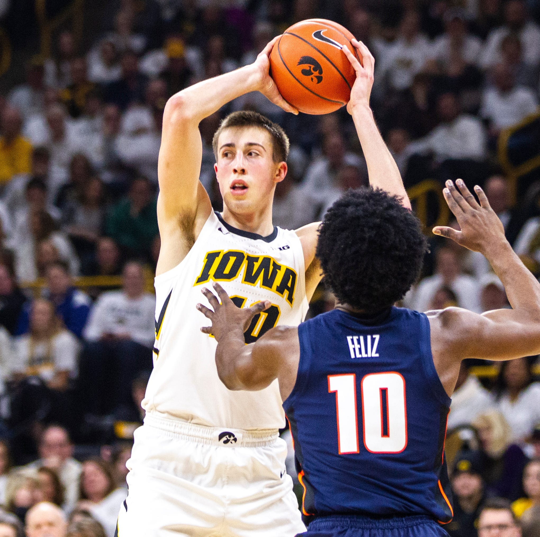 Big Ten Tournament: Iowa-Illinois preview, TV, odds and predictions