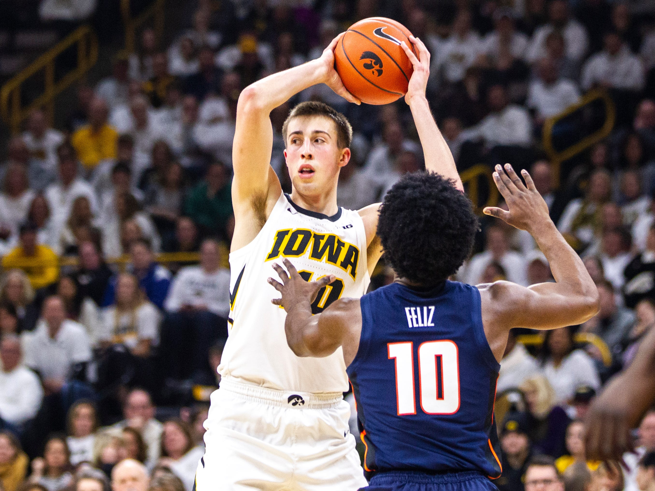 Iowa guard Joe Wieskamp (10) looks to pass during a NCAA Big Ten Conference men's basketball game on Sunday, Jan. 20, 2019, at Carver-Hawkeye Arena in Iowa City, Iowa.