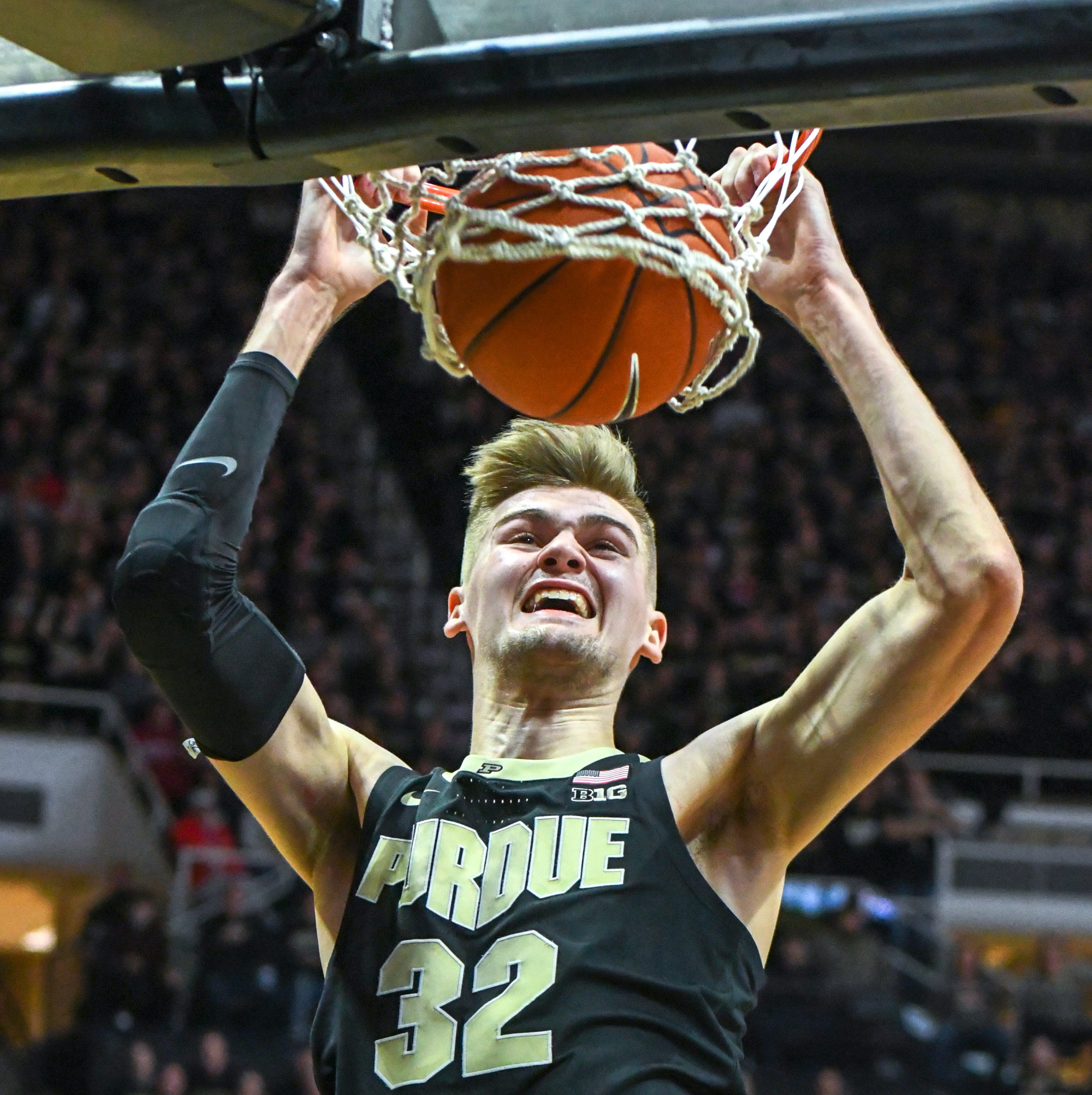 Purdue basketball's Matt Haarms continues evolution in crowded center situation