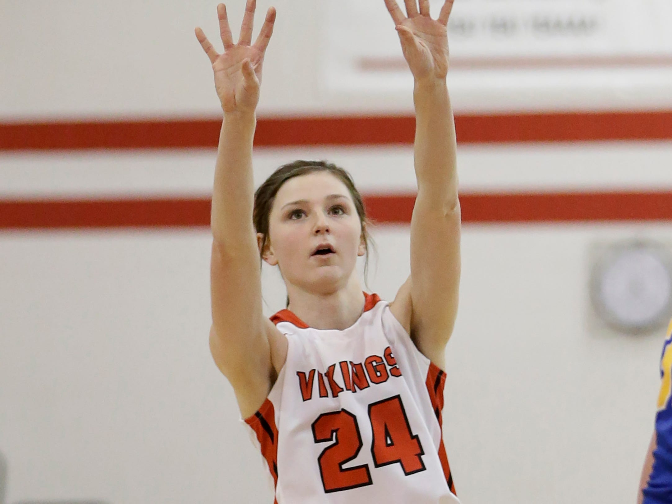 Valders' Emma Wagner (24) shoots against Howards Grove in a non-conference game at Valders High School Saturday, January 19, 2019, in Valders, Wis. Joshua Clark/USA TODAY NETWORK-Wisconsin