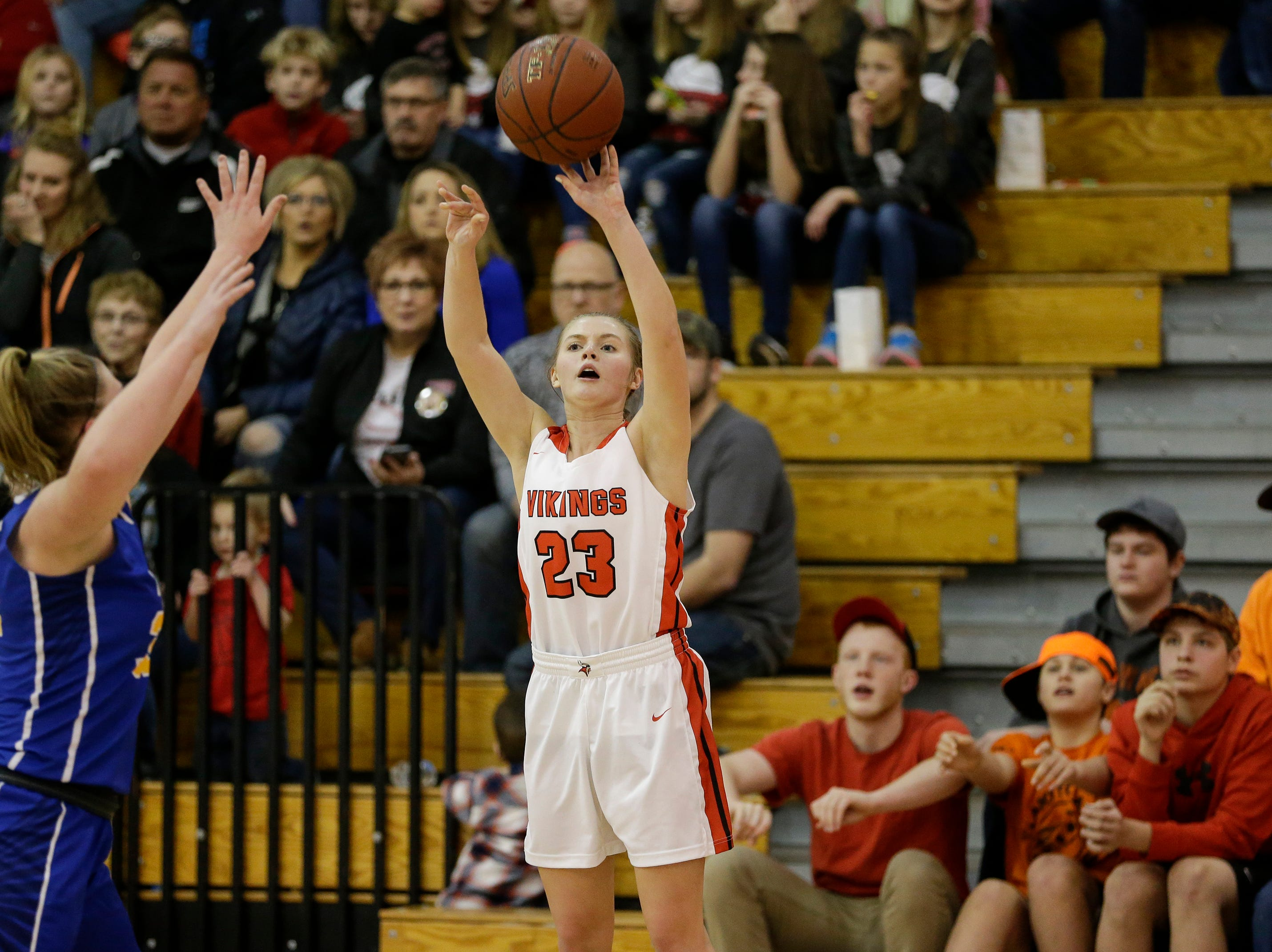 Valders' Madison Sabel shoots against Howards Grove in a non-conference game at Valders High School Saturday, January 19, 2019, in Valders, Wis. Joshua Clark/USA TODAY NETWORK-Wisconsin