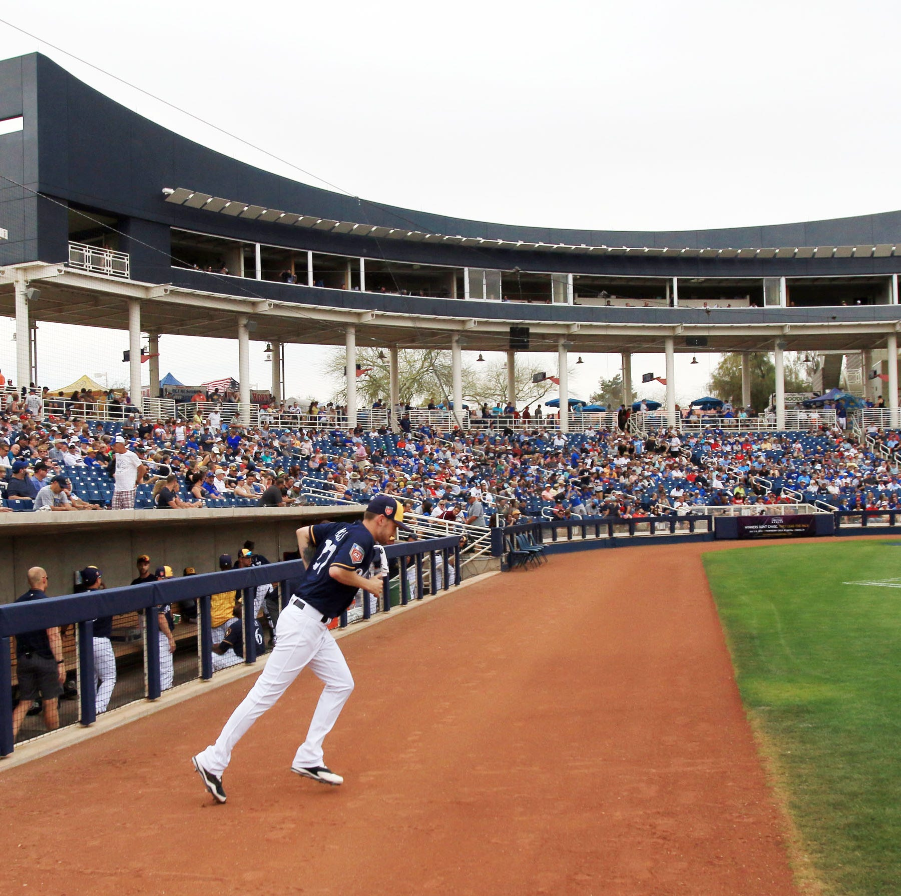 Milwaukee Brewers say fans are thinking about spring training, creating a strong demand for tickets