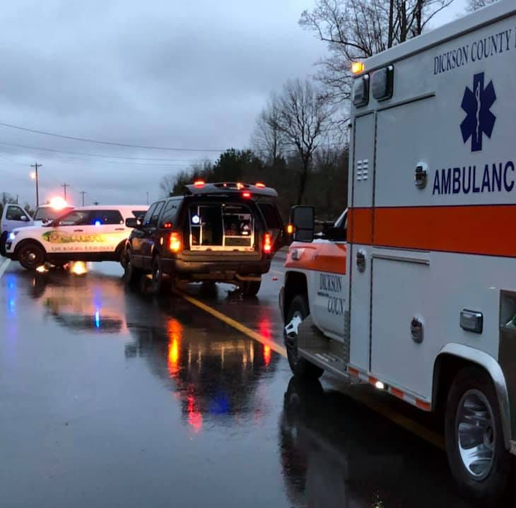Two killed in Dickson County wreck Saturday