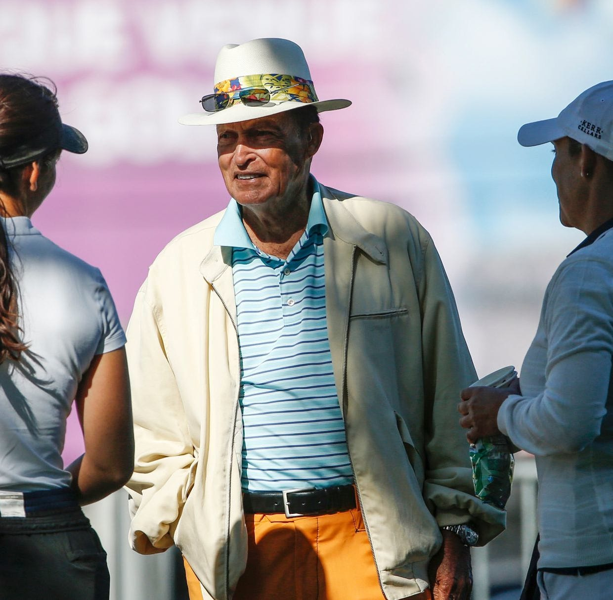 Golf legend Chi Chi Rodriguez shares rags-to-riches story with Appleton students