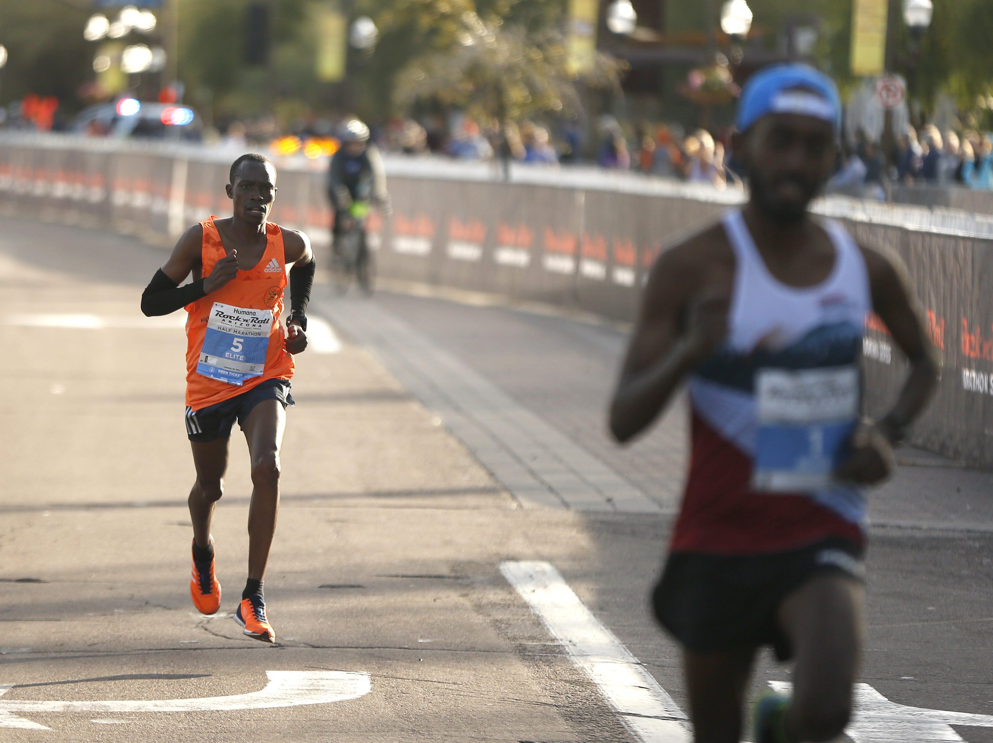 Saidi Makula comes in third during the Rock 'N' Roll half-marathon in Tempe on Jan. 20, 2019.