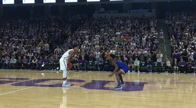 GCU extended its regular season home winning streak to 15 with a win over UMKC on Saturday.