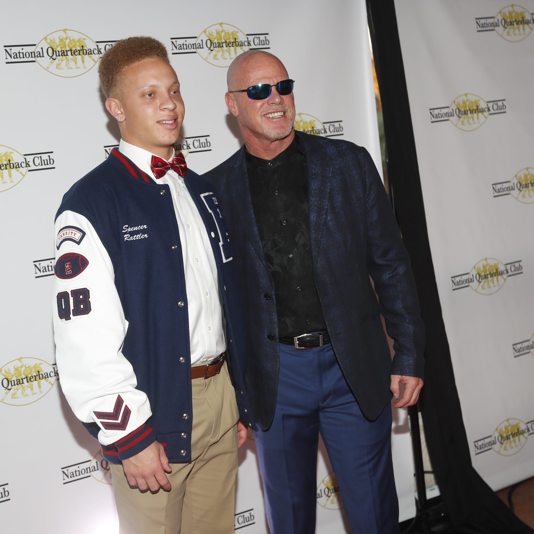 Future Oklahoma teammates Spencer Rattler, Jalen Hurts accept awards at National Quarterbacks Club Awards in Scottsdale