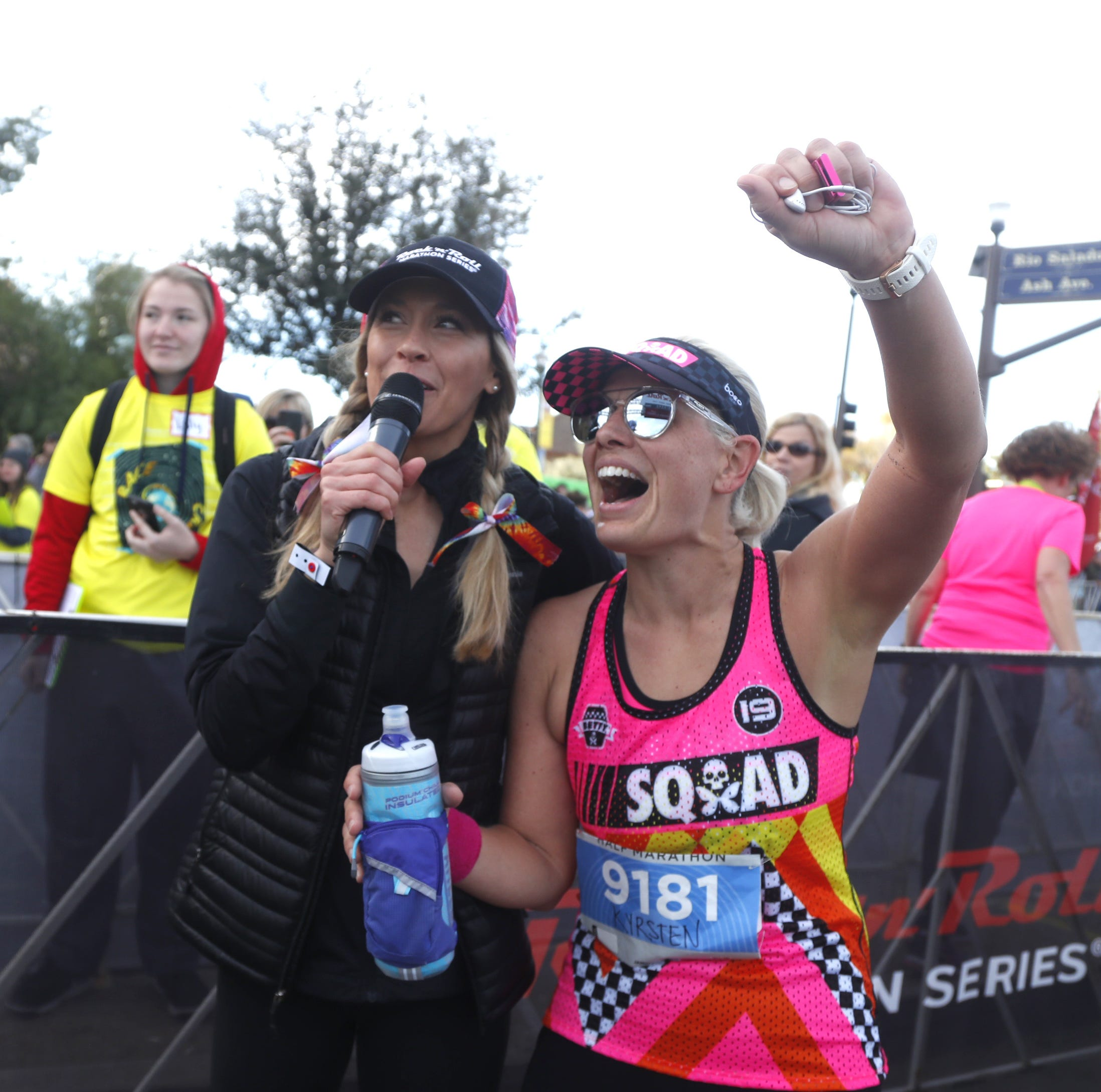 Sen. Kyrsten Sinema joins runners at Rock 'n' Roll Marathon