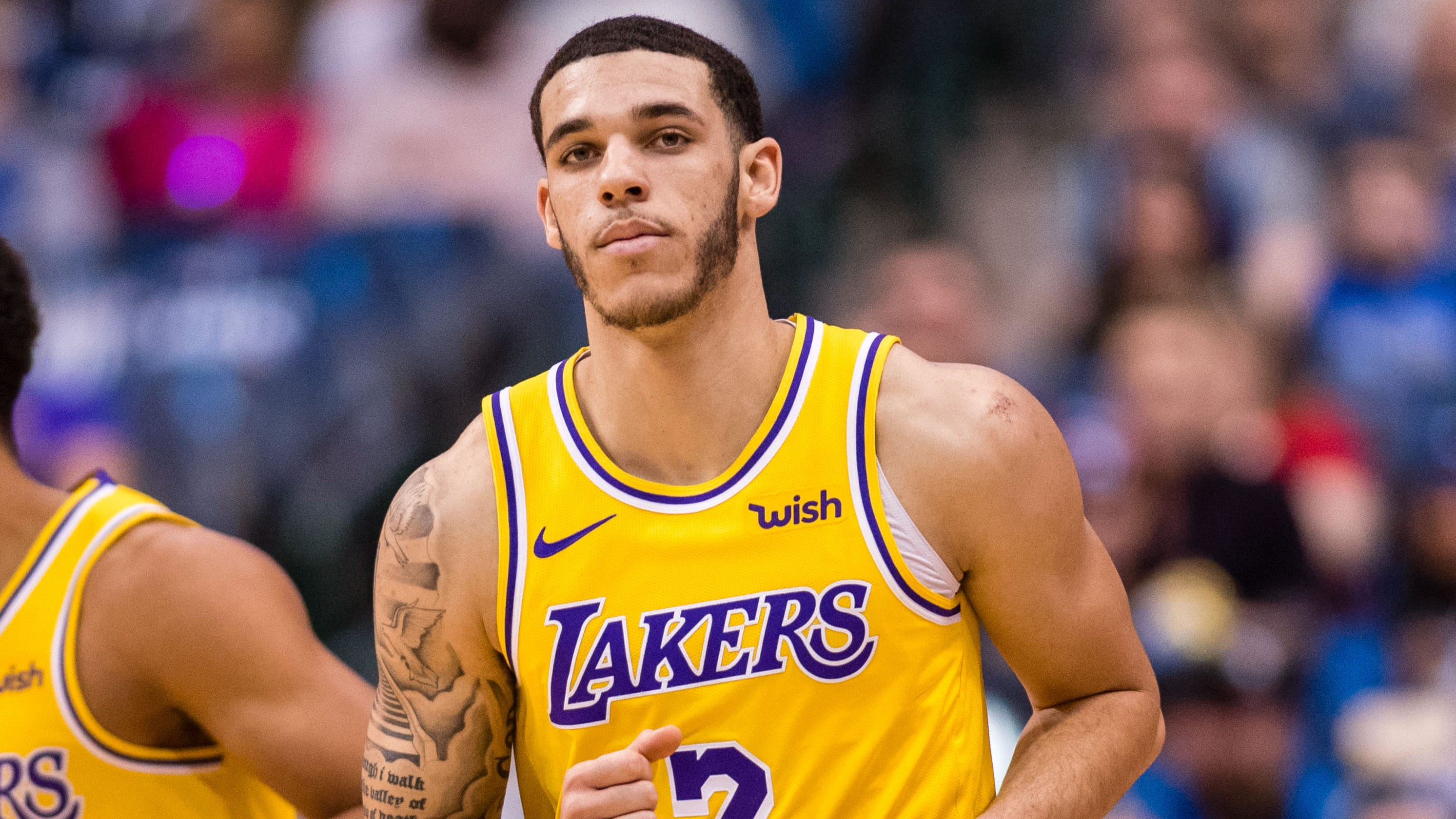 a9d290e42fb Lonzo Ball out 4-6 weeks for Lakers with sprained ankle