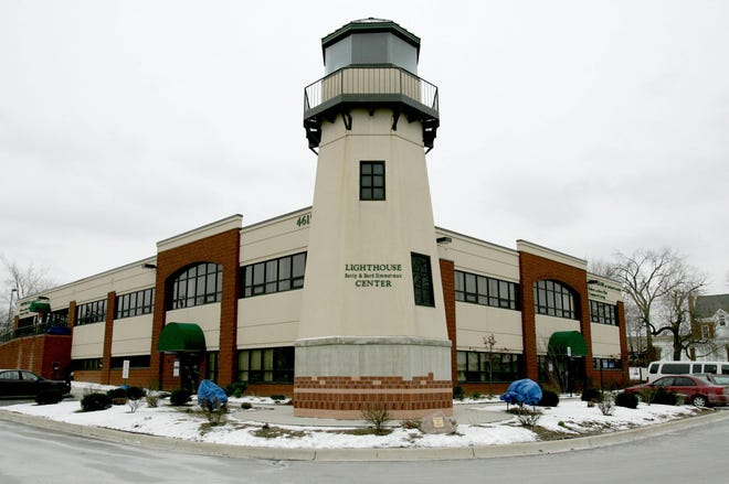Lighthouse of Oakland County in Pontiac on Wednesday, December 22, 2004.