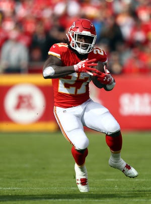 Kareem Hunt has been without a team since the Chiefs cut him following the publication of hotel security footage in November.