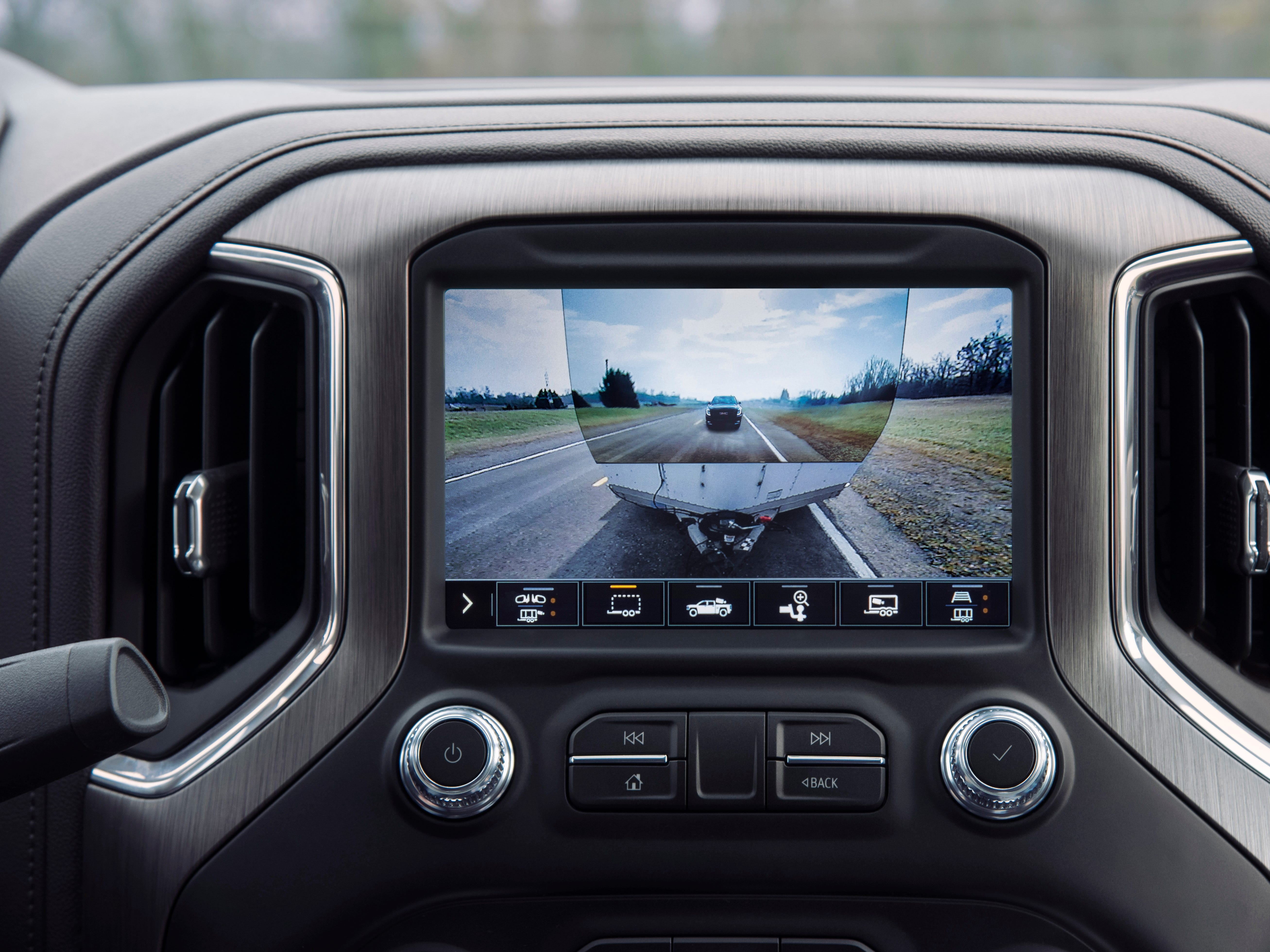 An enhanced ProGrade Trailering system featuring class-leading available 15 camera views, including a segment-first transparent trailer view to virtually see through a trailer in tow.