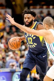 Indiana Pacers guard Tyreke Evans (12) drives to the hoop during a game between the Pacers and Hornets at Bankers Life Fieldhouse on Sunday, Jan. 20, 2019.