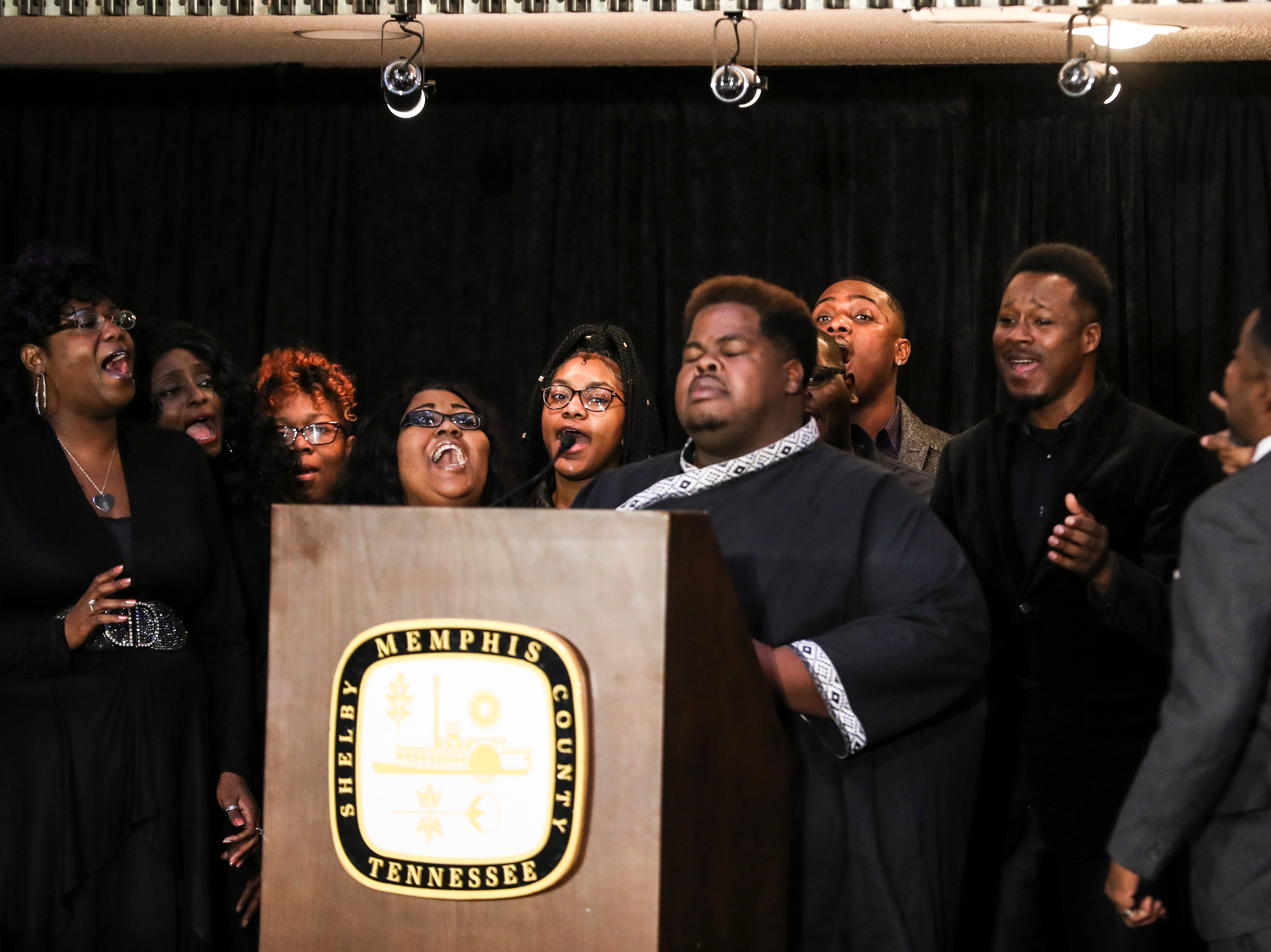 January 21 2019 - Kevin Davidson and 4 Ever Culture perform during the 2019 MLK Luminary Awards at the Hall of Mayors in City Hall.