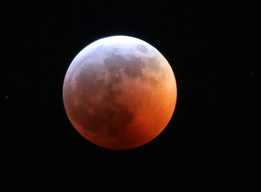 Moon Eclipse 03922
