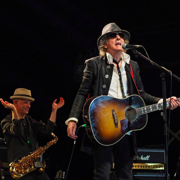 Mott the Hoople with Ian Hunter kicking off first U.S. tour in 45 years in Milwaukee