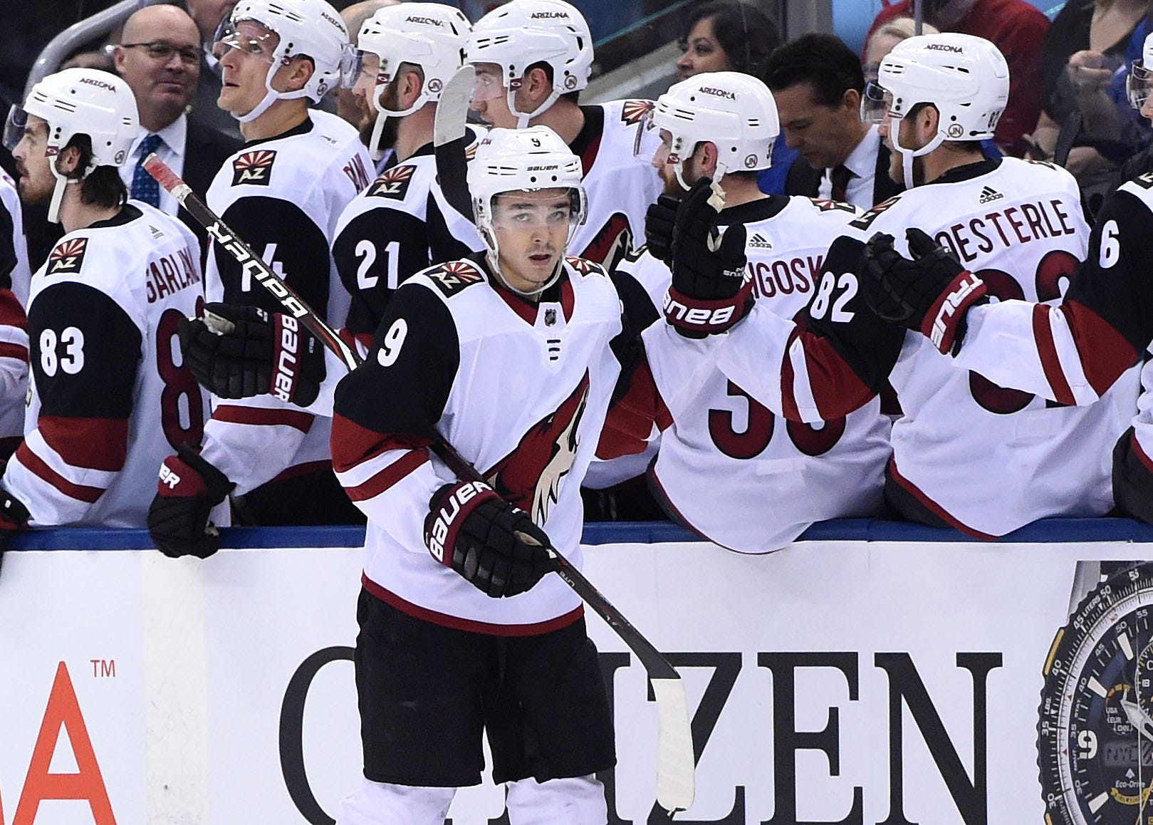 Arizona Coyotes: Hinostroza Scores Winner As Coyotes Beat Maple Leafs
