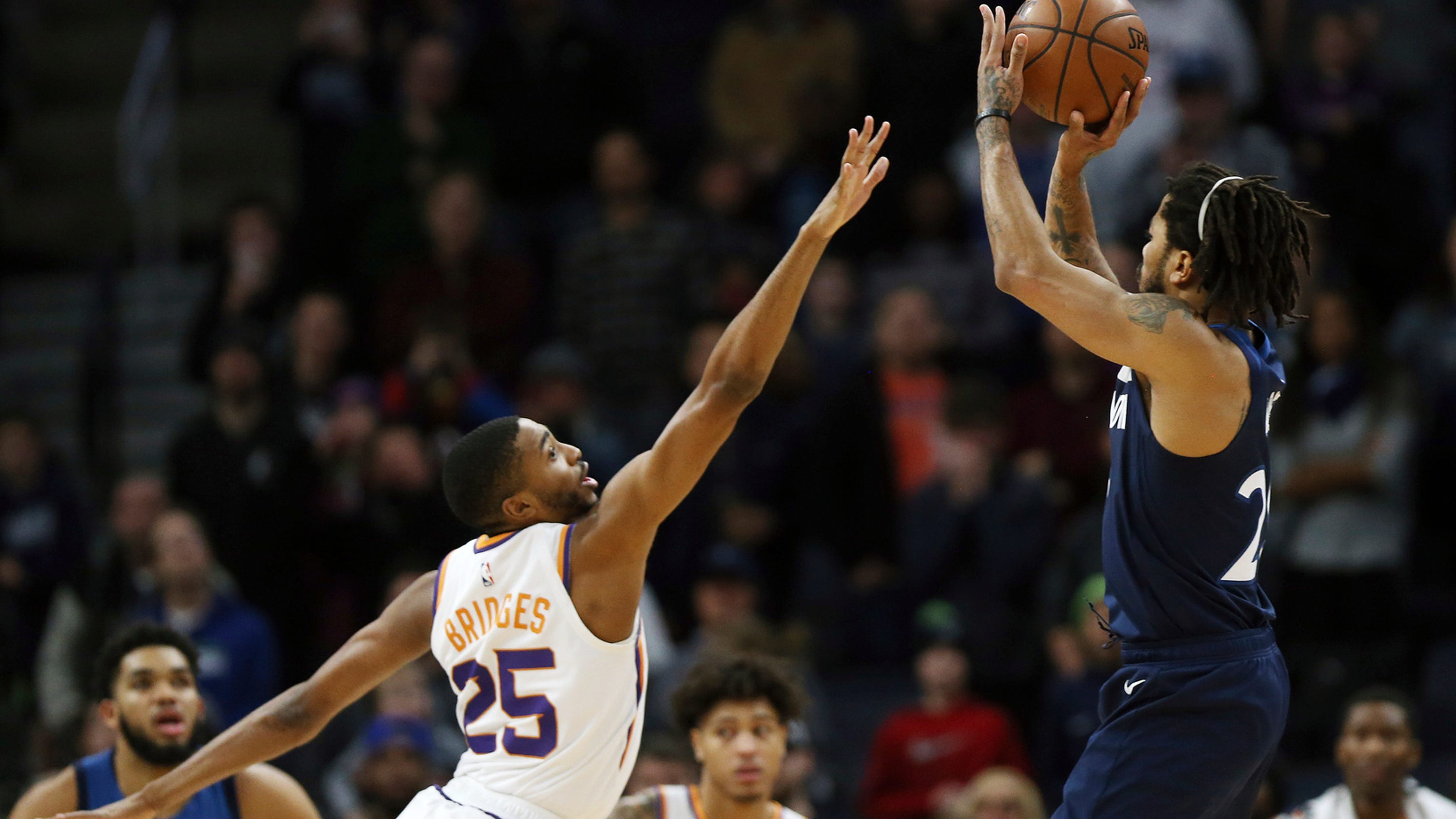 0c4351d66967 Timberwolves  Derrick Rose downs short-handed Suns with last-second shot