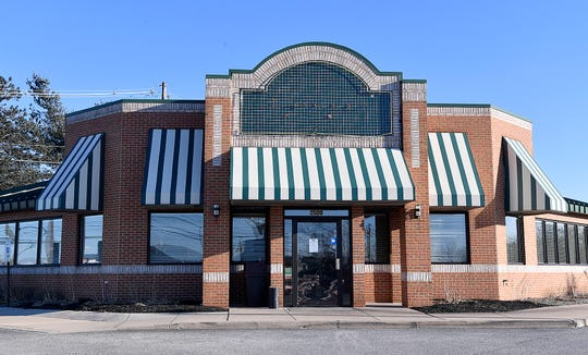 Perkins Restaurant & Bakery closed its Springettsbury TownshipÊlocation last month. The restaurant, on 2500 E. Market St., closed permanently Dec. 10.