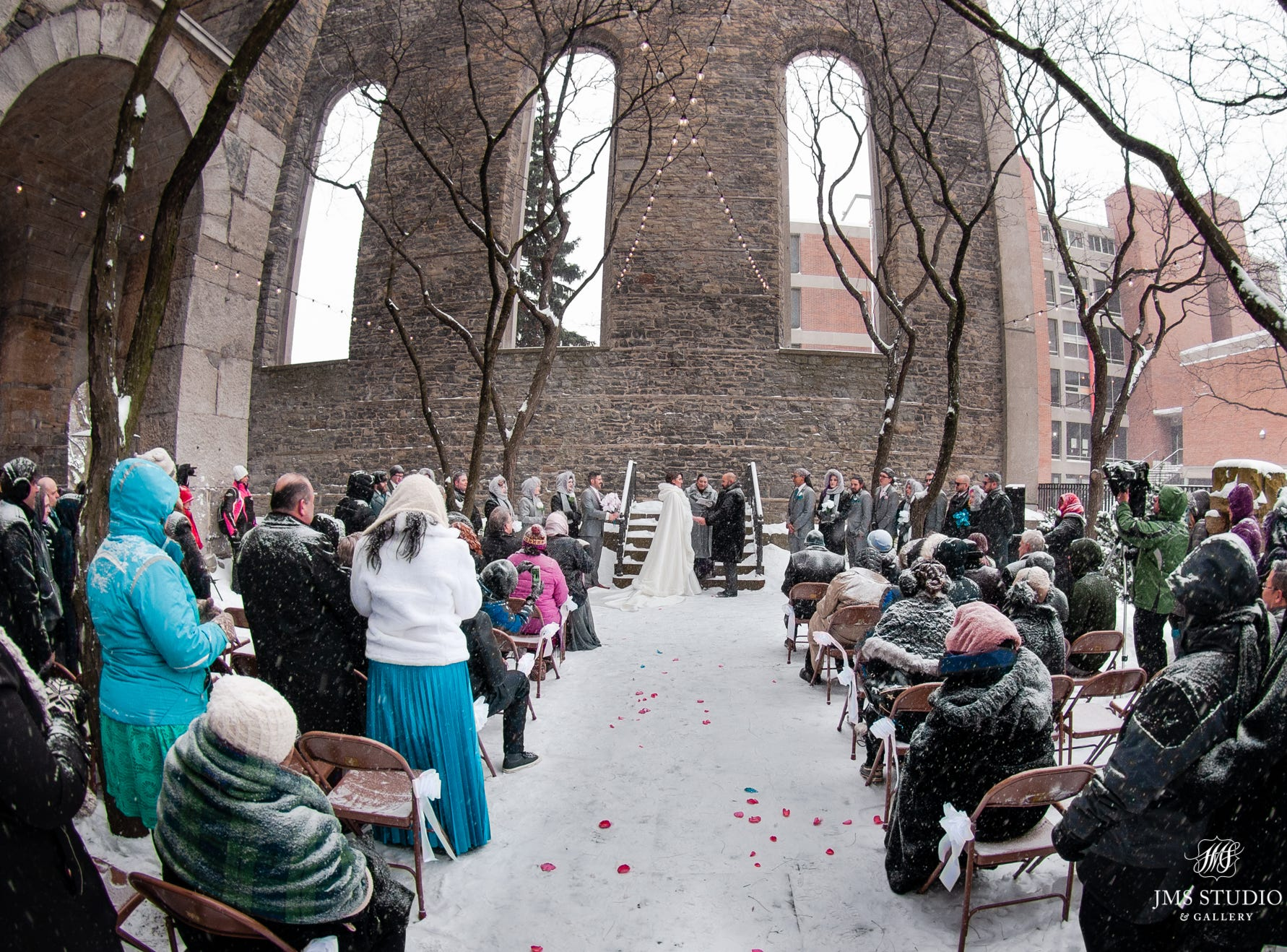 JMS Studio, which photographed the Sucy/Bragg wedding, said it was their first-ever outdoor wedding in January.