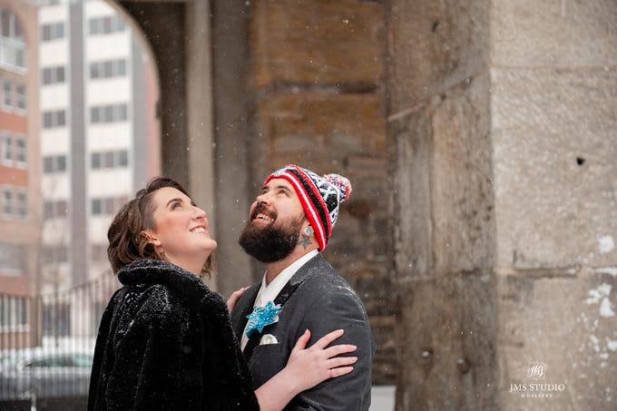 Darla and David Bragg were delighted that their wedding took place in the snow.