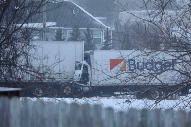 Two tractor trailers crash on Thruway early Monday morning.